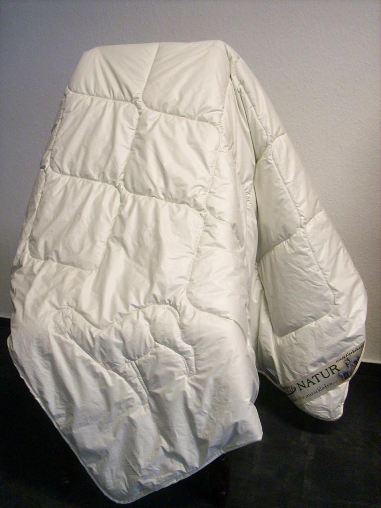 Alpaka-Bett